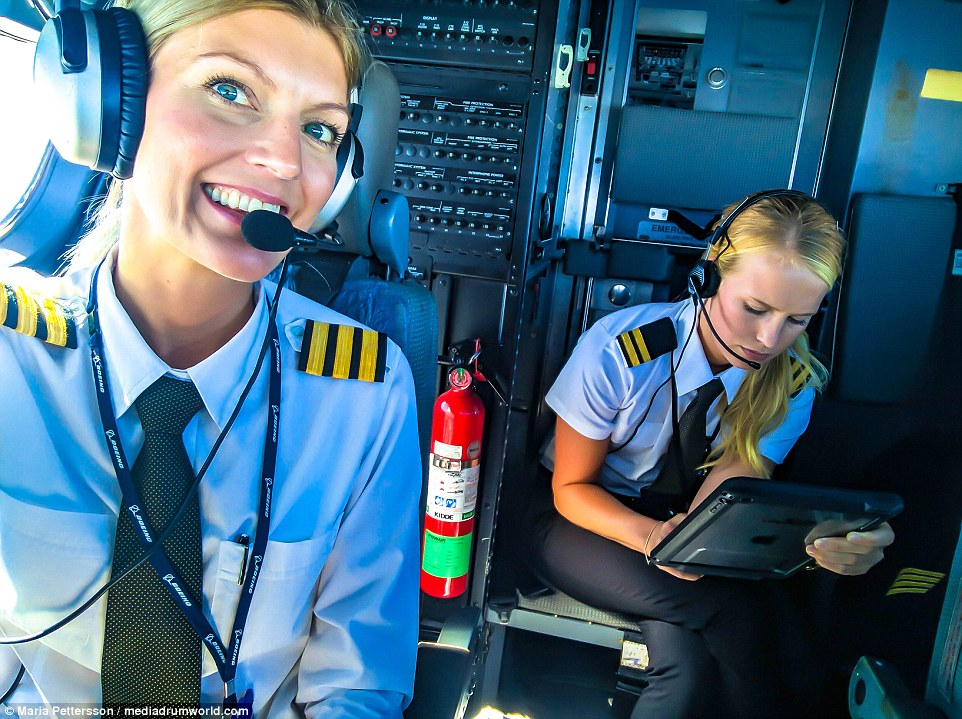 36CC9F0D00000578-3719570-Firm_friends_The_Swedish_beauty_met_her_best_friend_also_a_pilot-m-1_1470133385050
